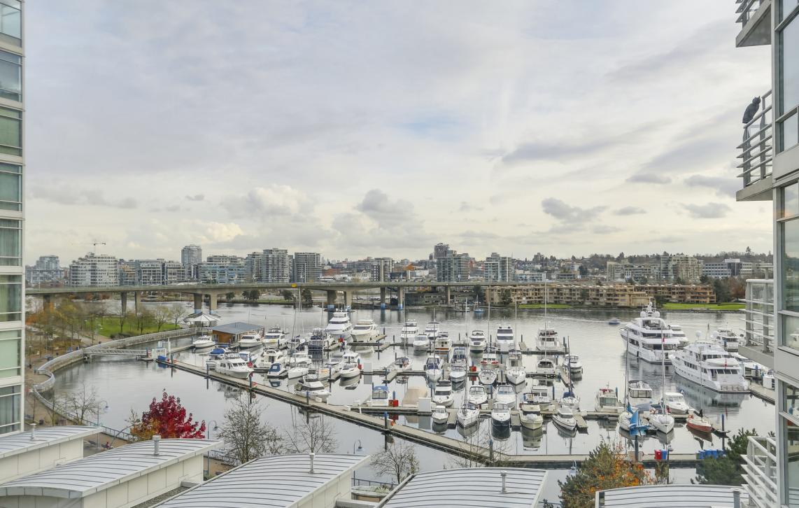 803 - 1199 Marinaside Crescent, Yaletown, Vancouver West