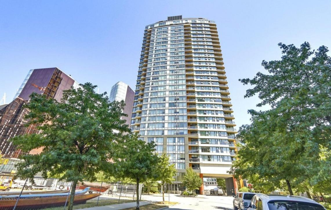 606 - 33 Smithe Street, Yaletown, Vancouver West